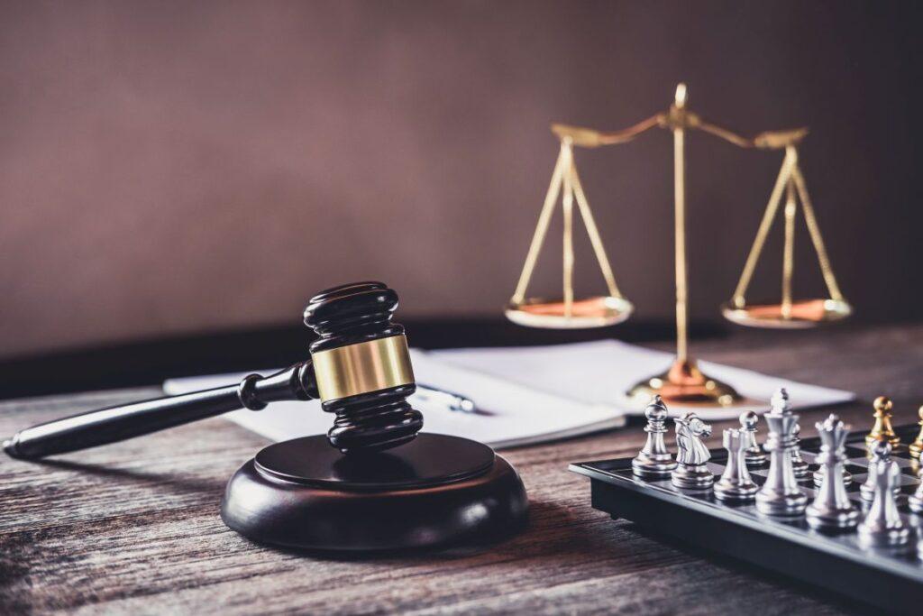 Jak szukać pomocy prawnej za granicą?